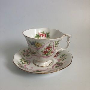 Royal Albert Canadian Emblems Tea Cup Saucer Set